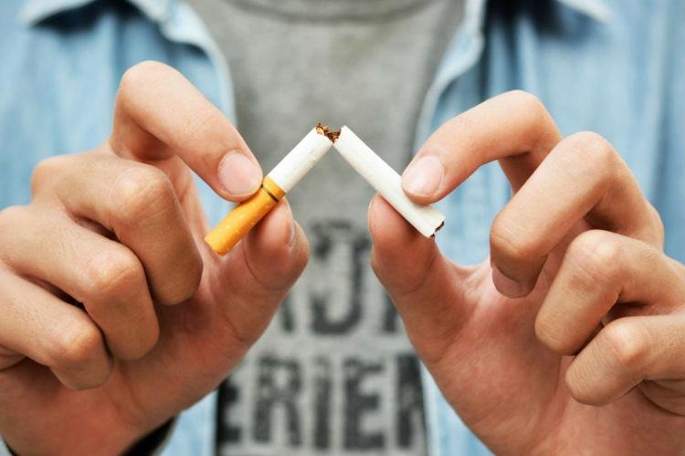 Cómo dejar de fumar naturalmente con luz