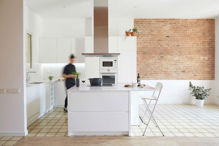 OMO Barcelona, una web diferente de cocinas y armarios