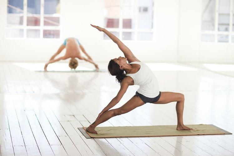 La estrecha relación entre yoga y sexo