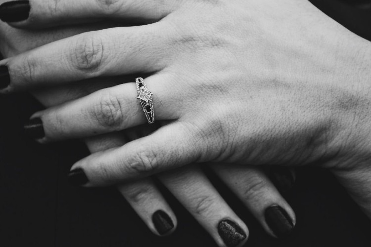 Diamantes a partir de cenizas: ¿es hora de cambiar cómo recordamos a los muertos?