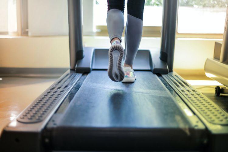 La cinta de correr, una opción para ejercitarse sin excusas