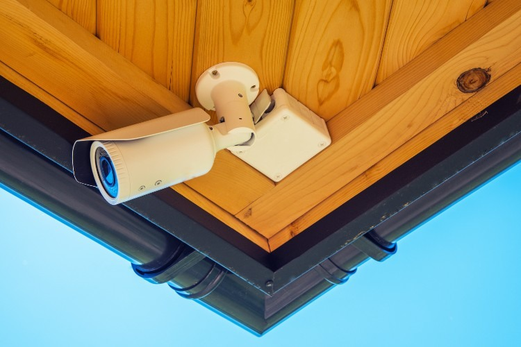 Razones por las que instalar una cámara de vigilancia en la vivienda