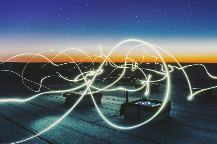 A la hora de contratar la luz, fibra o gas para mi empresa, ¿Es mejor buscar compañías energéticas low cost?