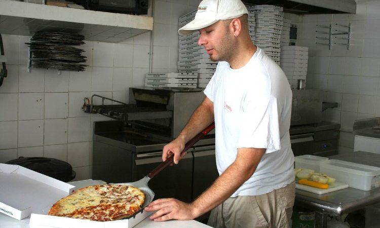 Opciones para amueblar tu pizzería como te mereces