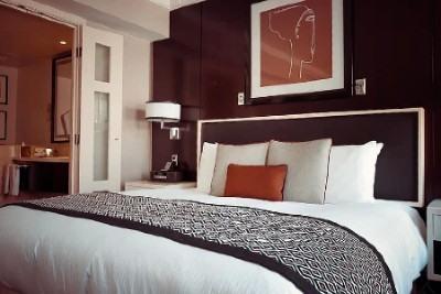 beneficios hospedarse en hotel de lujo