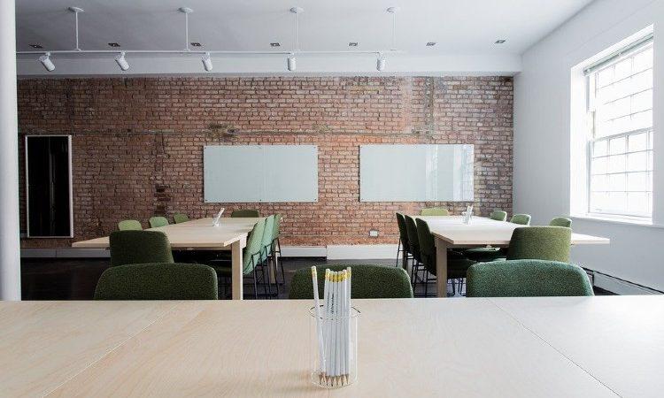 Crea una nueva oficina de forma original y económica