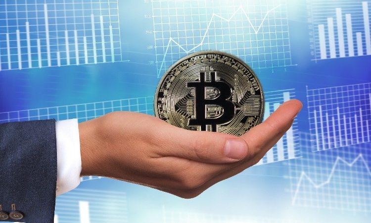 Invertir en Bitcoin, una apuesta arriesgada, pero rentable