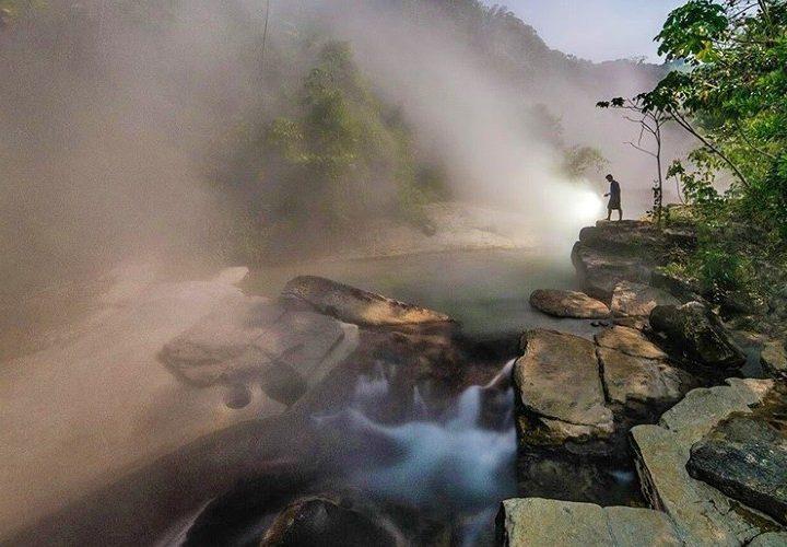 Descubre Mayantuyacu, el río hirviente de la Amazonía peruana