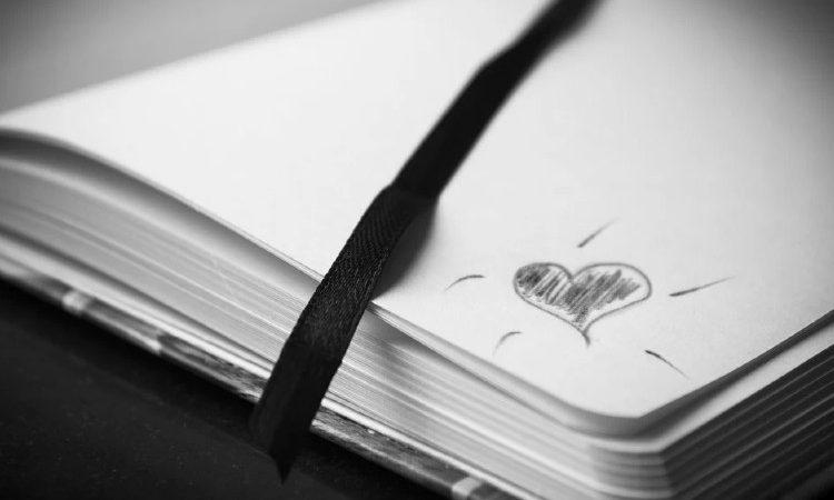 Las libretas personalizadas como regalo corporativo para captar y fidelizar clientes