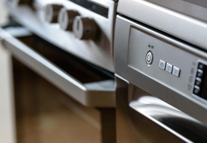 Reparar tus electrodomésticos viejos ya no está tan pasado de moda